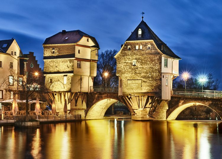 Bad Kreuznach Weihnachtsmarkt.Bad Kreuznach S Landmark The Bruckenhauser Bridge Houses
